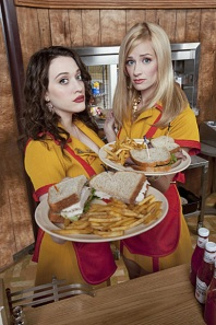 2 Broke Girls, Kat Dennings & Beth Behrs