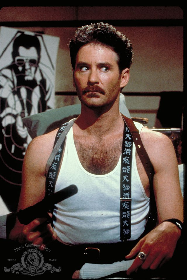 """kevin kline in the movie a fish called wanda Classic 80s movie: """"a fish called wanda  and a """"weapons man"""", otto west (kevin kline) wanda and otto are lovers pretending to be siblings so that wanda can."""